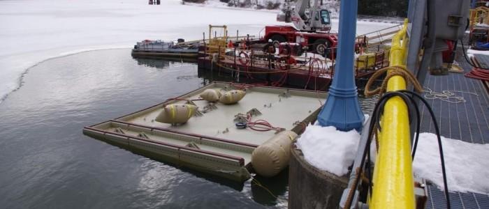 Floating bulkhead