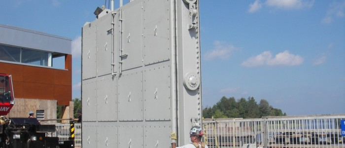 Fixed wheel gate (Roller gate)