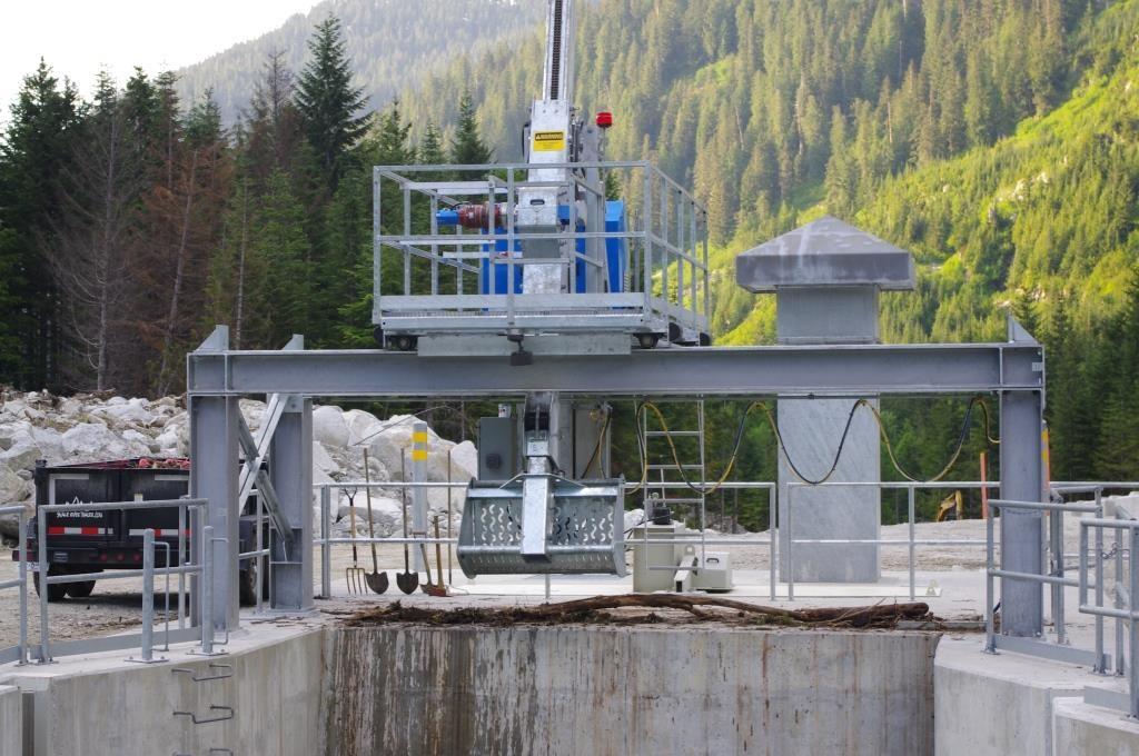 Trash Rakes Hydraulic M 233 Can Hydro