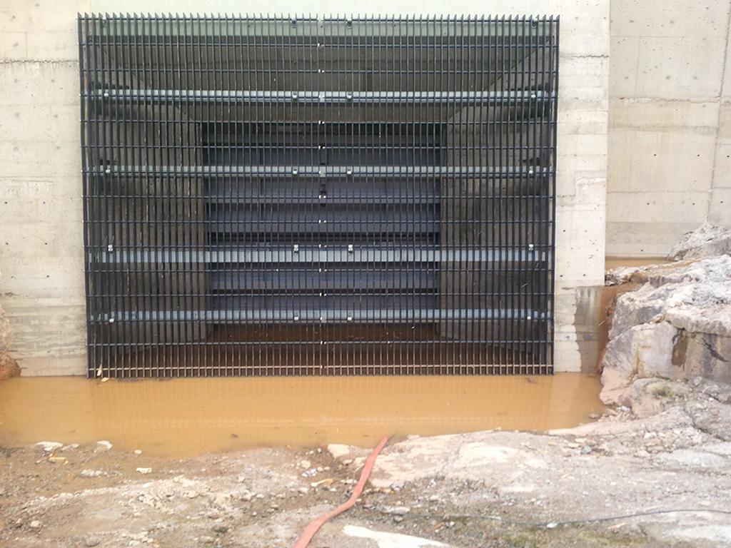 Thermoplastic Trash Rack Mecan Hydro